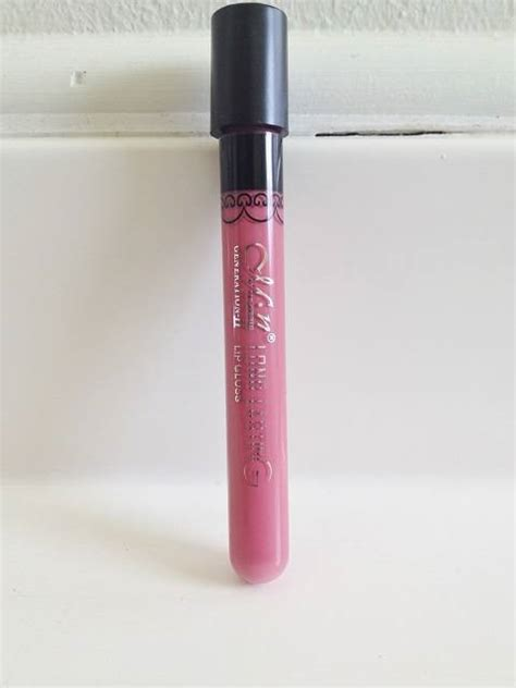 Lipgloss Menow menow shade 02 lasting lip gloss review