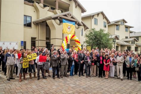 ronald mcdonald house stanford ronald mcdonald house at stanford celebrates opening of new residence news center