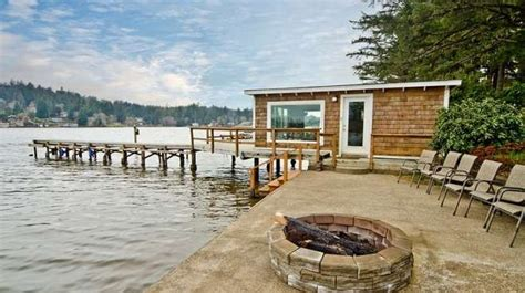 Cabins In Lincoln City Oregon by Calm Waters Lincoln City Oregon Vacation Rental