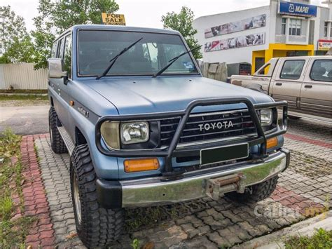 buy car manuals 1993 toyota land cruiser free book repair manuals toyota land cruiser ii 1993 2 4 in johor manual suv blue for rm 35 000 3753419 carlist my