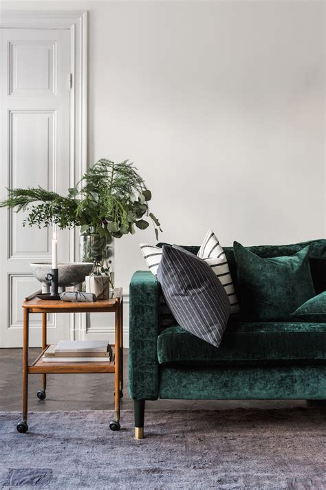 Rooms To Go Bank by 30 Lush Green Velvet Sofas In Cozy Living Rooms