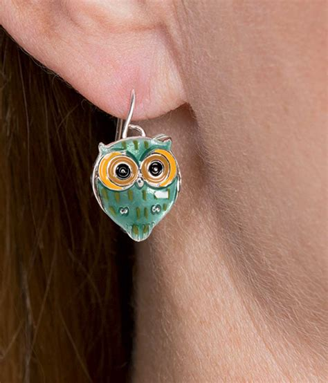 Earing Owl Ready look whooo s pretty with hoot owl earrings