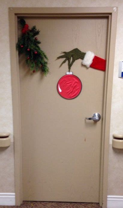 best grinch office doors easy grinch idea http media cache ec0 pinimg 640x f9 42 c1