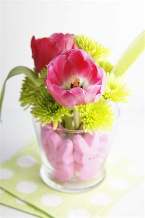 easter centerpieces to make these 50 diy easter centerpieces will make sunday dinner so much prettier