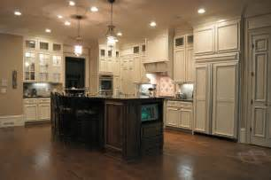 Kitchen cabinets traditional kitchen