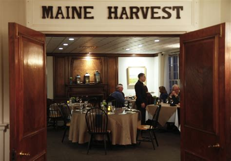 Harraseeket Inn Maine Dining Room | dine out maine harraseeket inn in freeport the portland