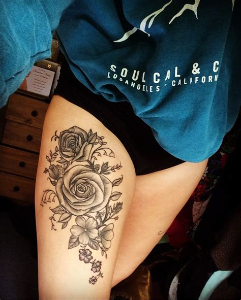 flower tattoo designs for thigh flower thigh tattoos designs ideas and meaning tattoos