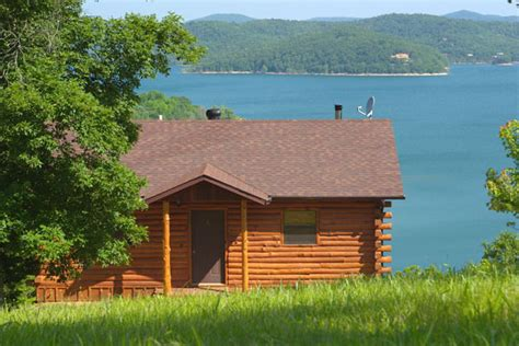 Lake Cabins In Arkansas by Lake Shore Cabins On Beaver Lake Eureka Springs Ar