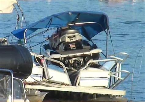 pontoon jet boat pontoon boat and jet ski collision on lake ontario