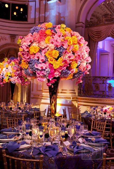 Statement Centerpieces For Your Wedding   Arabia Weddings