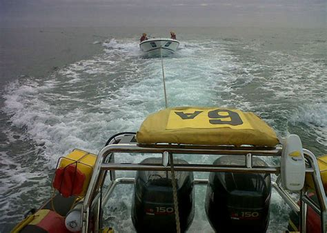 boat shop in port elizabeth boats capsized on swartkops river nsri