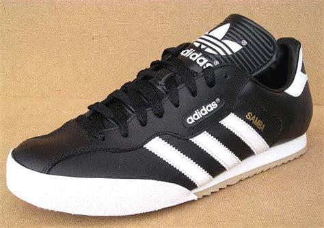 Adidas Samba Vintage Sport Merah what adidas shoe should i buy samba or gazelle og