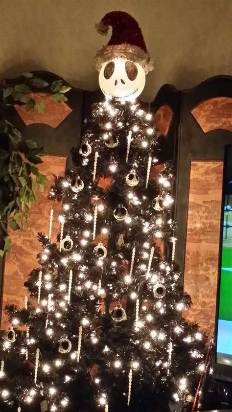 christmas tree decorating idea nightmare before