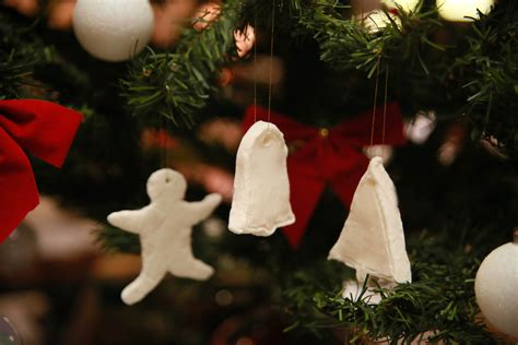 how to make baking soda dough christmas ornaments 9 steps