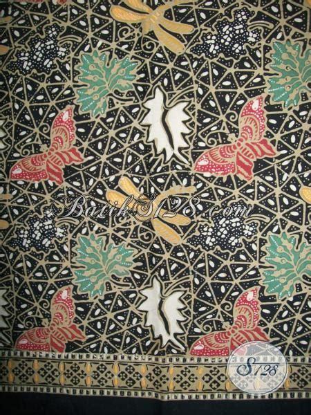 Aneka Sprei Motif Kupu motif batik capung dan kupu kain batik untuk wanita modern