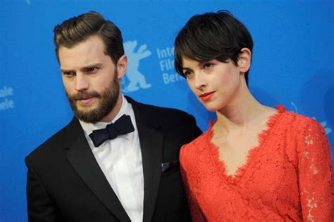 fifty shades of grey film actors dakota johnson and jamie dornan photos pictures of 50