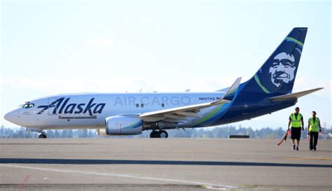 flying fish alaska air cargo eases concerns about decreased carrying capacity for seafood
