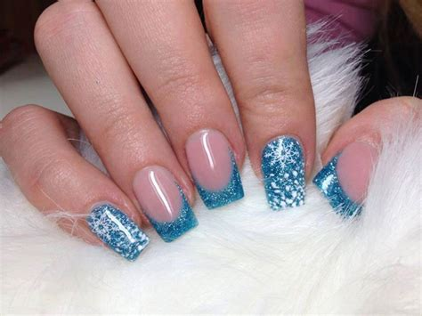 imagenes de uñas acrilicas para quince años 26 dise 241 os de u 241 as en color azul y purpurina ε dise 241 os