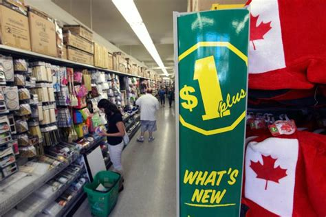 Dollarama In Kitchener by Dollarama Aiming For 1 000 Stores Globalnews Ca