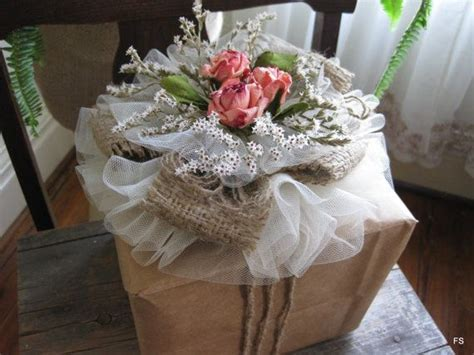 Wedding shower wrapping   to Tulle Rose Gift Topper
