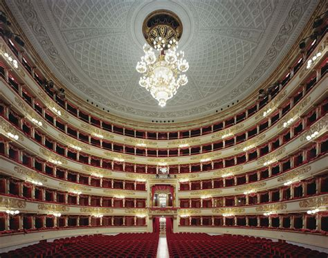 milan opera house music lovers destinations milan italy la scala opera house central hall