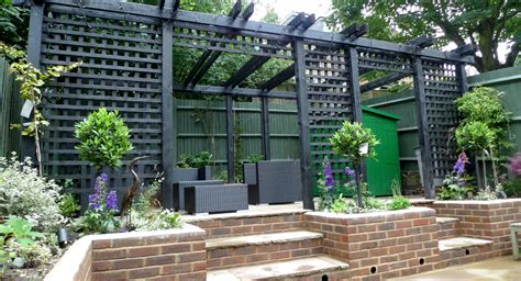 garden walls pergola paving steps planting design designer