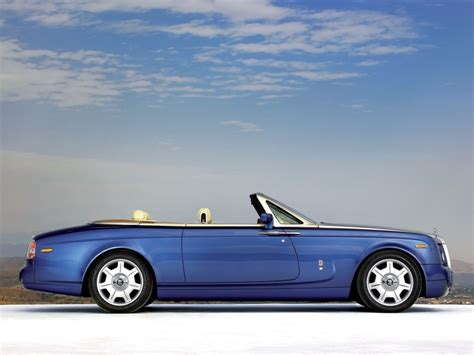 rolls royce phantom coupe price 2011 rolls royce phantom drophead coupe features photos