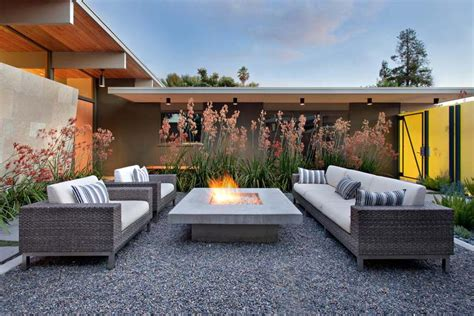 Bringing The Indoors Out Outdoor Lighting Fire 6 Week Modern Outdoor Firepit