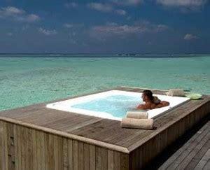 best bathtubs in the world 10 best hot tubs aquaterra spas montecito 45 lifesmart exclusive home depot spas