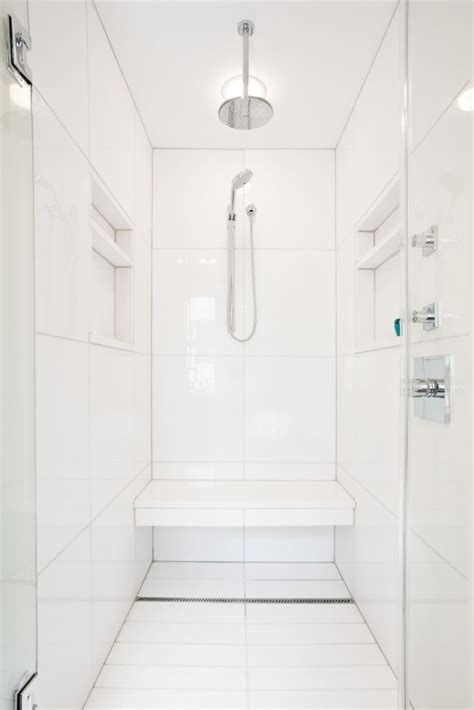 10 favorites white bathrooms from the remodelista designer directory remodelista