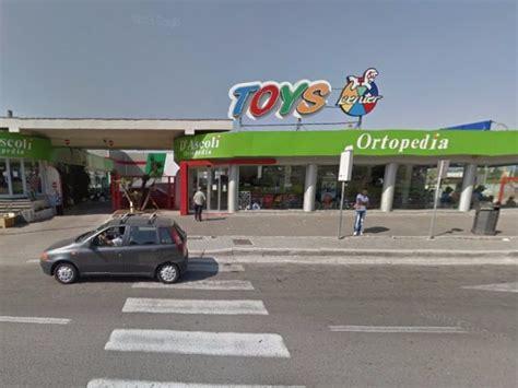 toys porto d ascoli toys center tutti i negozi in italia giocattoli bimbo