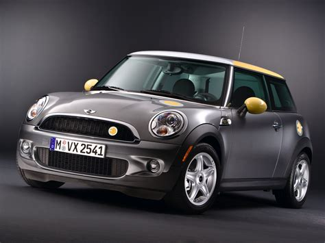 e mini 2009 mini e the new mini cooper plug in electric car