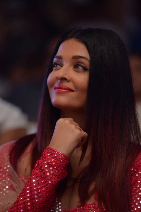 aishwarya rai christmas beautiful inside out aishwarya rai bachchan shines in