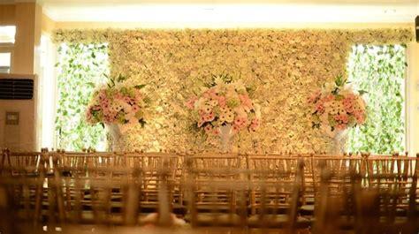 Dekorasi Lamaran Paper Flower Backdrop 17 best images about weddings that i on wedding venues kebaya and javanese