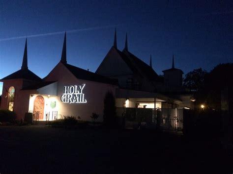 evening church services near me