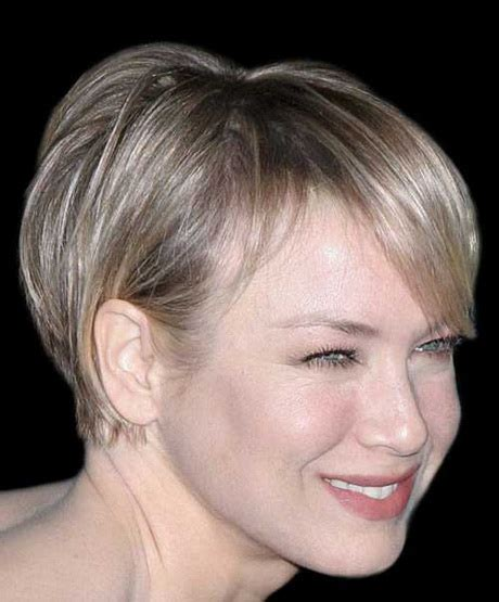 short and trendy hairstyle for woman in her forties short trendy haircuts women