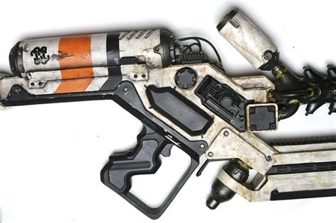 Weapon District 4 Tshirtkaosraglananak Oceanseven 17 best images about weapons on pistols revolvers and heavy metal