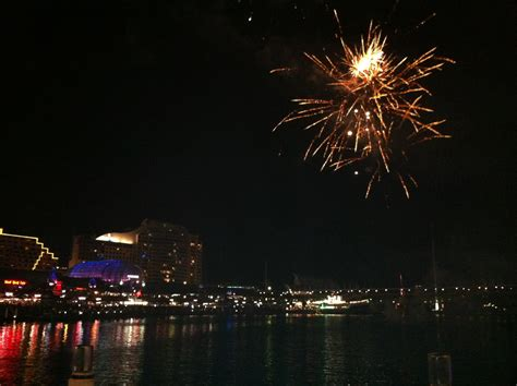 new year gold coast where to find new years fireworks on the gold coast