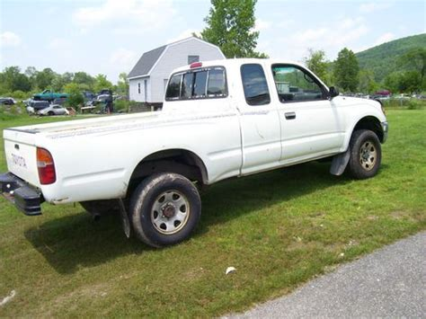 1996 Toyota 4x4 Buy Used 1996 Toyota Tacoma 4x4 At Truck In