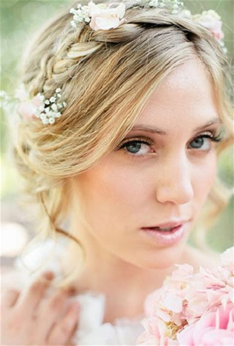 Wedding Hairstyles Using Flowers by 16 Wedding Hairstyles Using Flowers Style
