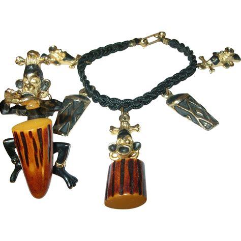 how to make bakelite jewelry vintage bakelite bracelet brooch set from robbiaantique
