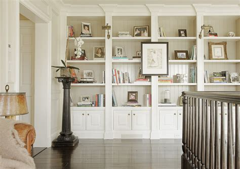 I Love Everything About These Built In Bookcases Houzz Built In Bookshelves