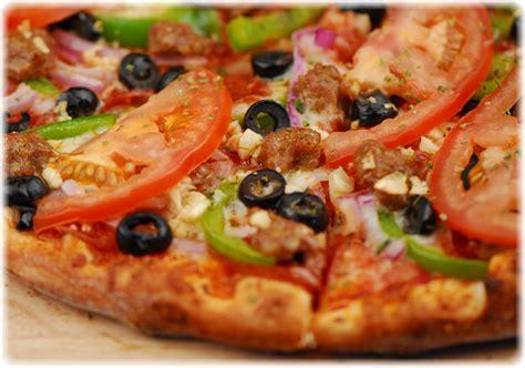 Kaos Design Pizza Road hart road pizza sports bar restaurant signs servicing hemet california