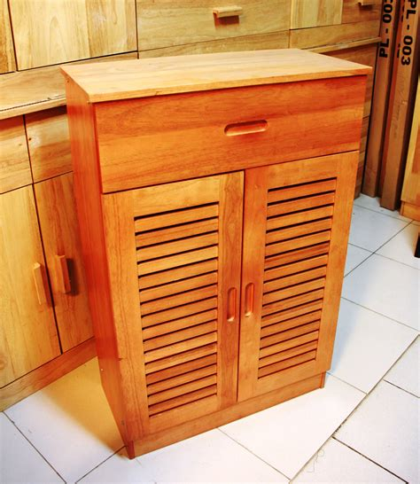 Sepatu Merk Wood jual lemari sepatu kayu chocolate waikiki wow furniture