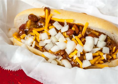 chili cheese dogs steve s dogs st louis