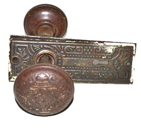 Antique Door Knob Sets by Door Hardware Door Knob Set Antique Door Knob Set By Judysjunktion
