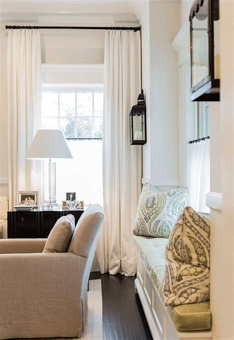 window seat curtains 25 best ideas about how to hang curtains on pinterest