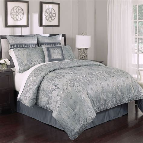 High End Linens Exhibiting Luxurious Vibes In Your Bedroom High End Bedding Sets