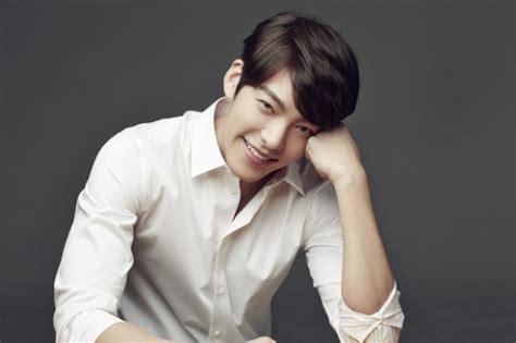 film drama korea kim woo bin kim woo bin is a fan of quot pinocchio quot and quot misaeng quot soompi