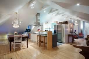 Kitchen Lighting Ideas For Low Ceilings by Dachwohnung Einrichten 35 Inspirirende Ideen